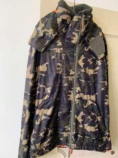 🚚 Lativ 迷彩外套