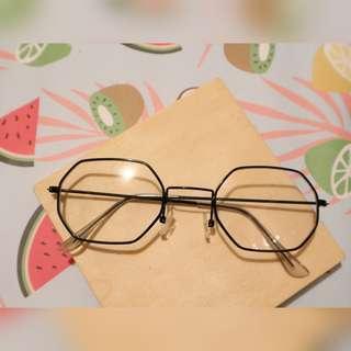 Kacamata hexagon frame