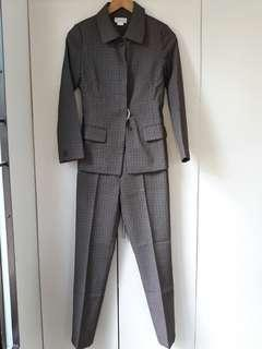 ▶️ EEUC Danube blazer and suit - size XS
