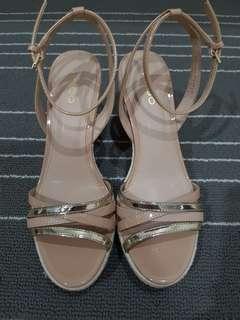 Aldo wedges sandal..