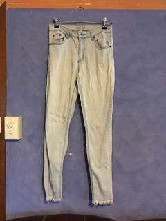 Light wash jeans size 8