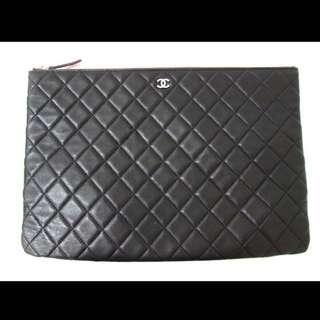 AUTHENTIC CHANEL Large Lambskin O Case