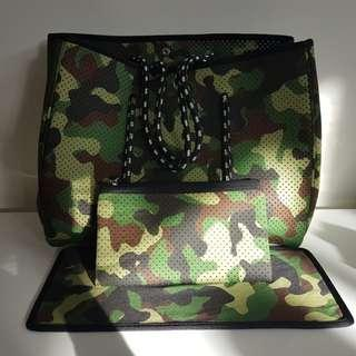 Camo neoprene bag