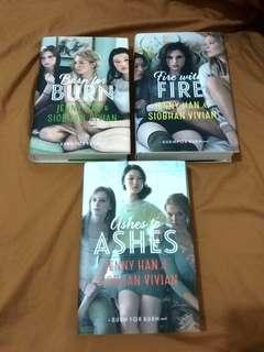 Jenny Han & Siobhan Vivian - Burn for Burn Trilogy Hardcover