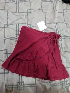 BNWT maroon skirt