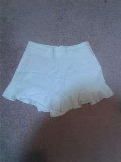 White ruffle shorts