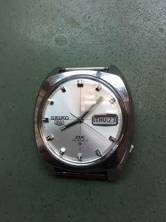 70's 精工6106星期丶日暦男裝自動機械錶。