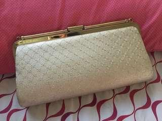 PRELOVED GOLD PURSE / PARTY BAG