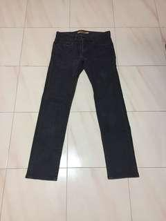 🚚 *$18*Uniqlo Skinny Tapered Jeans Size 30 Black