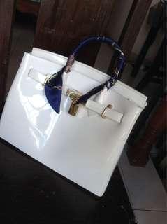 Beachkin white bag