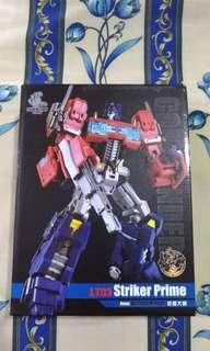 Legendary Toys LT03 Striker Prime