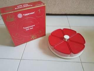 Tupperware Gift Set Snack Go Round