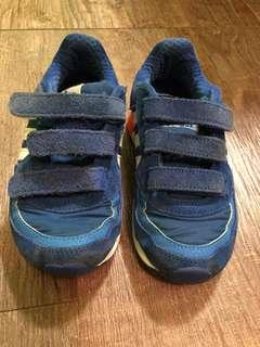 50% new adidas blue suede toddler trainers 五成新 adidas 藍色猄皮小童波鞋
