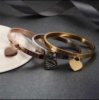 BEAUTIFUL CUFF BANGLE (FOREVER LOVE YOU) WITH HEART CHARM