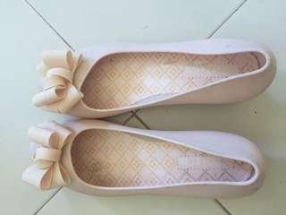 100 each doll shoes