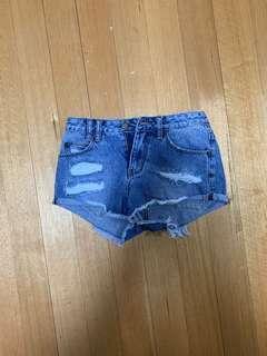 Insight Denim Shorts size 6 BNWT
