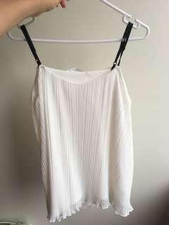 White flowy top singlet