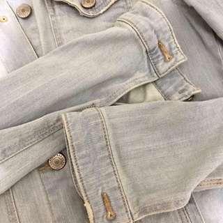 bershka vintage light denim jacket