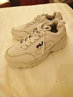 🚚 Fila鋸齒鞋