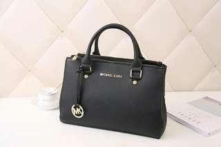 MK BAG SLING W/HAND BAG AUTOMATIC QUALITY