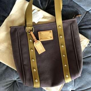 $1,3xx Louis Vuitton Women's 9/10 LV Large Toile Antigua Cabas GM Tote Bag (Brown Khaki)