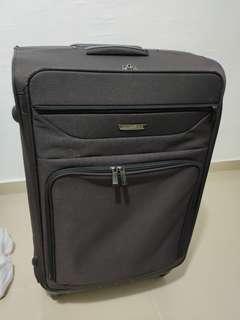 🎇❴清倉價❵ 90%新 黑色4輪 32吋行李箱