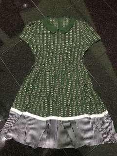 Bird print green dress