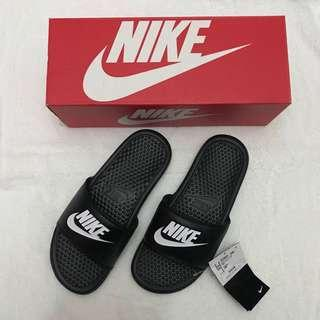 Authentic Nike Slippers/Sandals