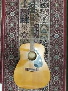 Yamaha F210 Acoustic Guitar