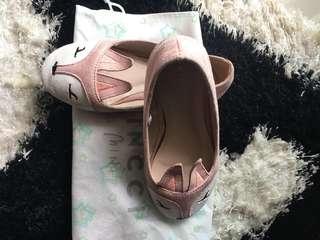 Vincci mini bunny shoes
