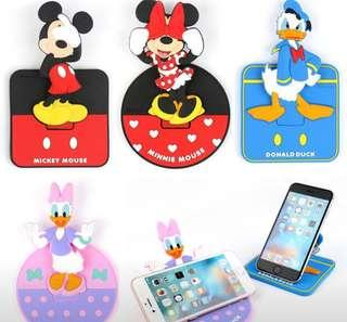 Disney Mickey and Friends Smartphone Holder