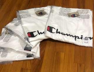 AUTHENTIC Champion Life Heritage Script Tee