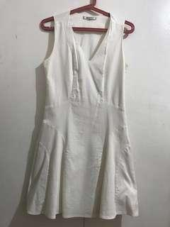 ORIGINAL DKNY WHITE DRESS