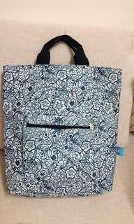 藍色小花兩用背包