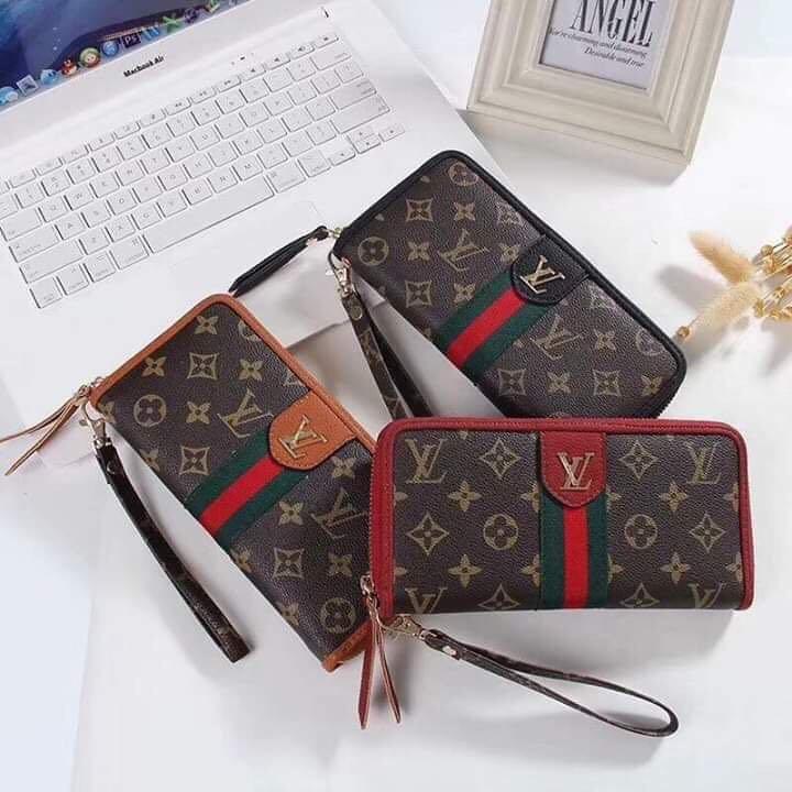 120b747afb8 🌸 Gucci Wallet 🌸