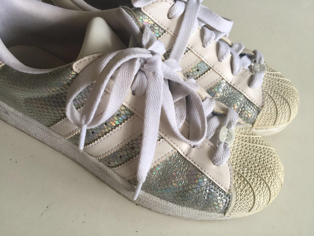 5fa7909a2b78c Adidas Superstar Snakeskin Silver