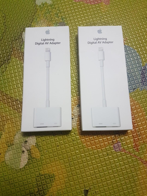 Apple Lightning Digital AV Adapter (HDMI), Electronics, Computer Parts & Accessories on Carousell