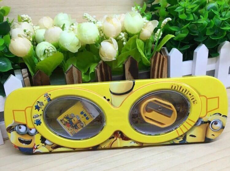 Minion Camera Case : Clearance bn minion pencil case books & stationery stationery on
