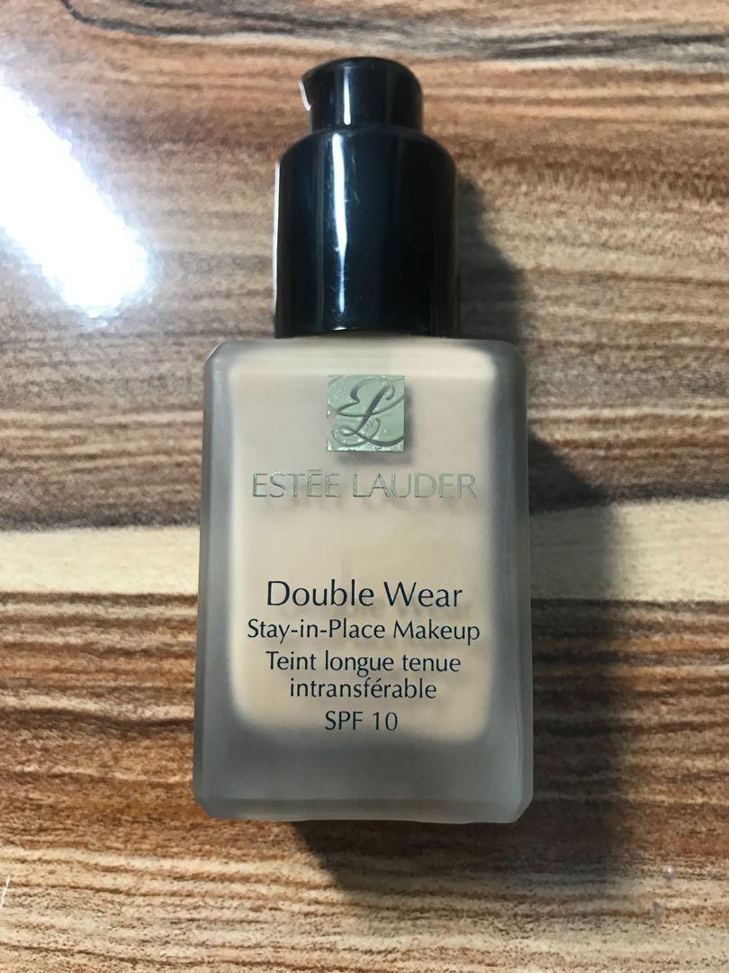 Estée Lauder double wear foundation #2N1