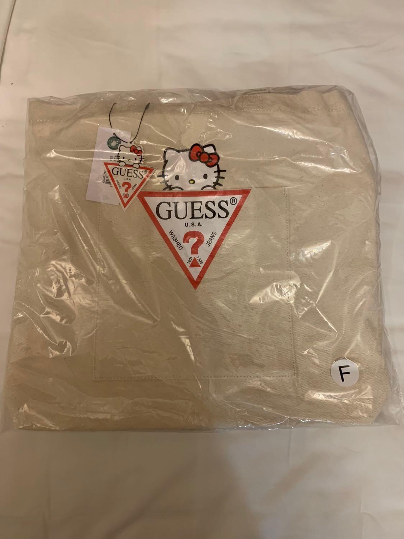 Guess x Hello Kitty Canvas Tote Bag (BNIP) cd06b10367fbb