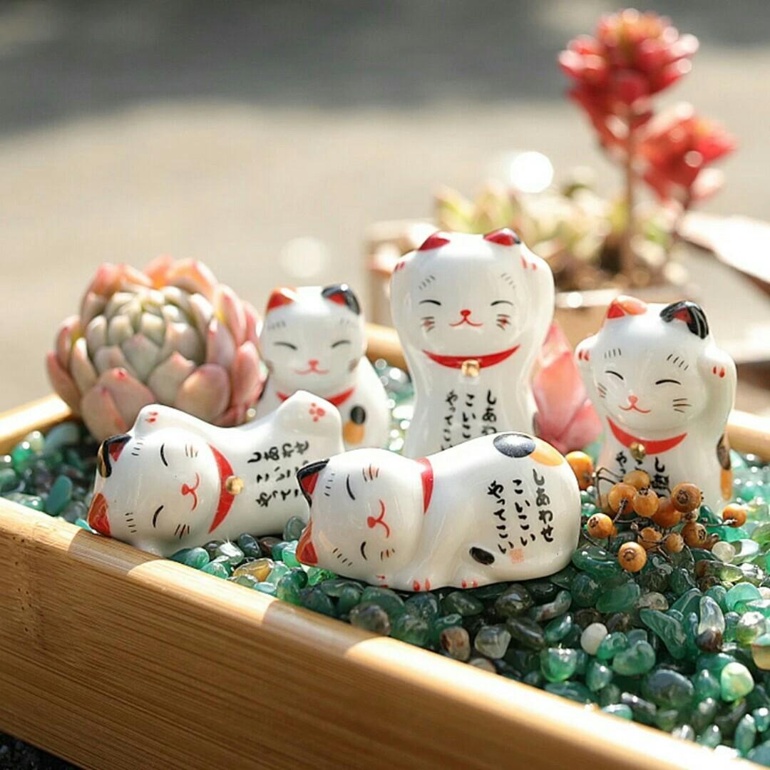 招财猫 Lucky Fortune Cat Kittens Miniature Figurine Ornament For