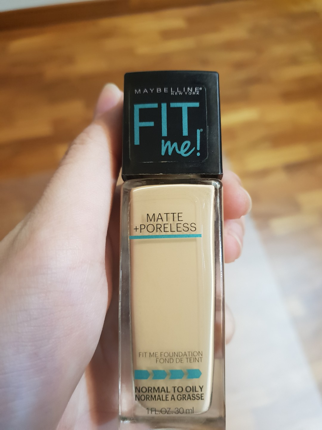 Maybelline Fit Me Matte Poreless Foundation Shade 220 Health Beauty Makeup On Carousell