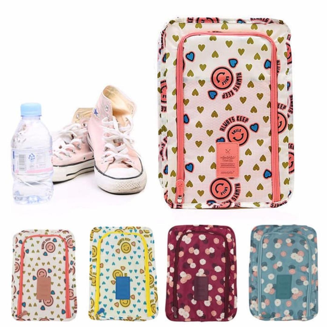 Monopoly Flower shoes pouch travel ver 3 / tas sendal sepatu, Olshop Fashion, Olshop Pria on Carousell