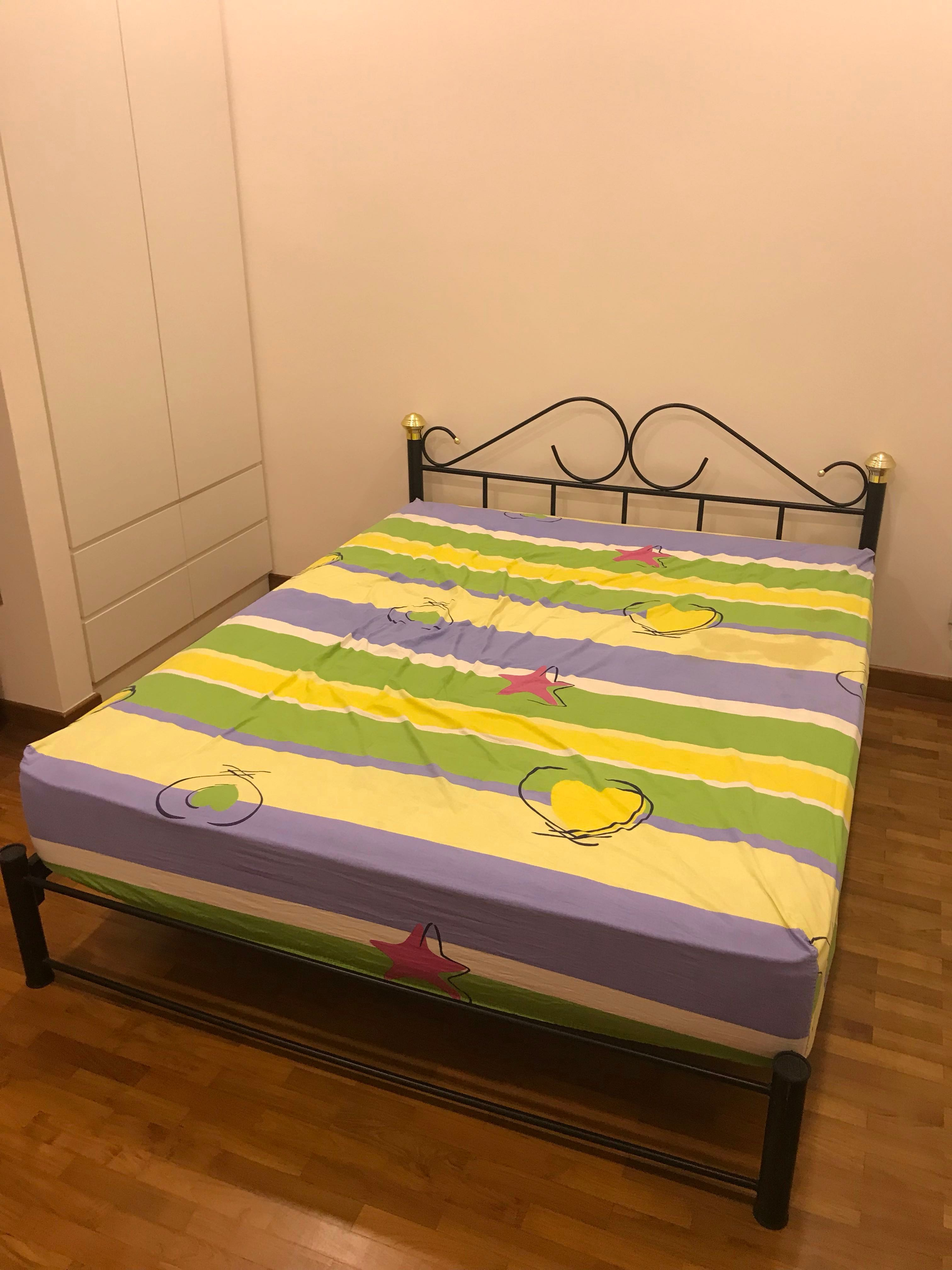 6a1f45d4ef6 Special Offer  Queen Size Bed with Metal Bed Frame