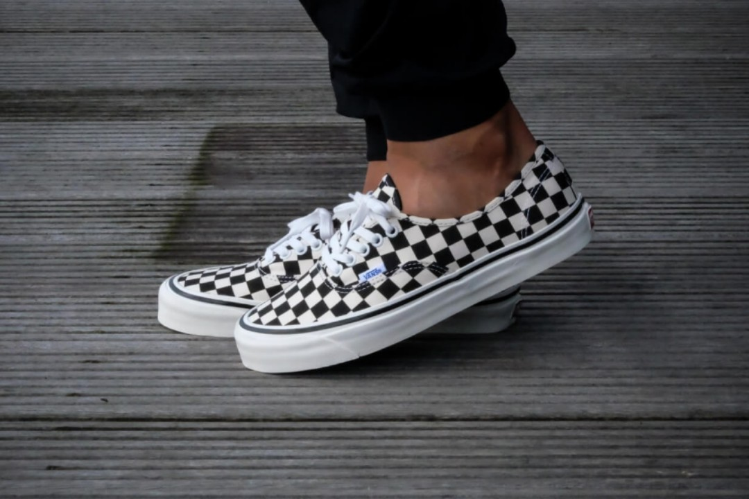 2b0055837f US10.5  VANS CHECKERBOARD AUTHENTIC 44 DX