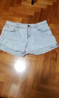 classic mid rise denim shorts