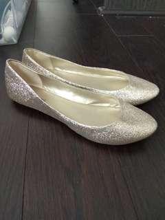Gold sparkle Flats