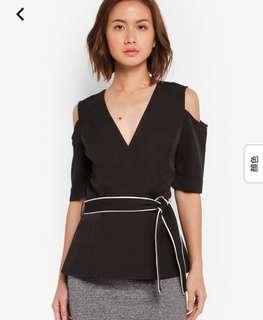 全新 New Zalora Cold shoulder top 露膊 腰帶 work suit black 返工上衣