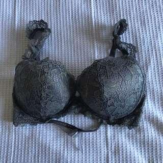 12DD bra never worn