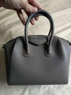 Givenchy Antigona Tas